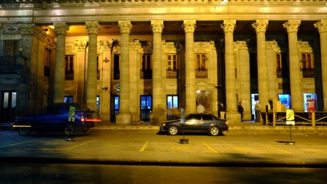 1895`te tamamlanan Town Hall binasi, 1903`te deprem sonrasi tekrar insaa edilmis.